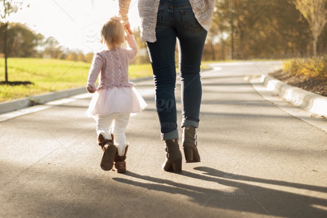 Dari Stres Hingga Baby Blues: Dampak Buruk dan Cara Tepat Menghadapi Perlakuan Mom Shaming