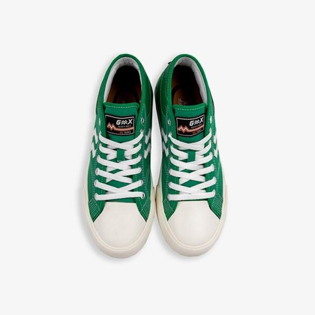 Maverick Mid Green White