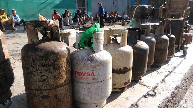 VENEZUELA: Fallas de luz, de gas, gasolina y agua potable son las principales problemáticas en todo el país.