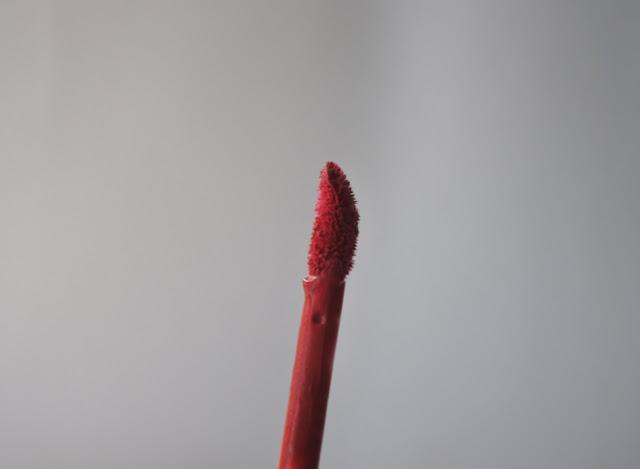 Wardah Velvet Matte Lip Mousse – 06 Fuchsia Lover