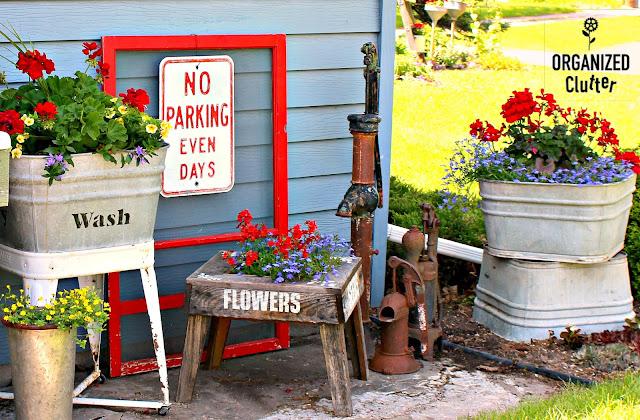 Decorating the Junk Garden Potting Bench  #oldsignstencils #stencils #containergarden #flowergarden #galvanized #farmhouse #junkgarden #gardenjunk #rusticgarden #geraniums #annuals