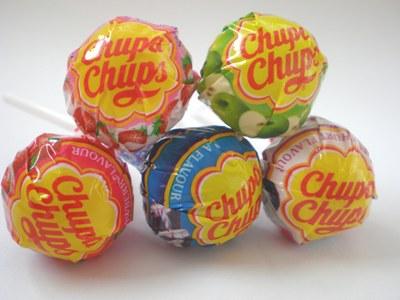 Chupa chups el dulce invento con un palo que naci en los a os 50 te interesa saber - Housse de couette chupa chups ...