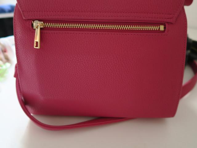gunas handbags discount
