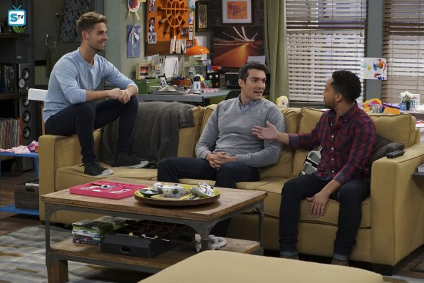 Baby Daddy - To Elle and Back (Season Premiere) - Advanced