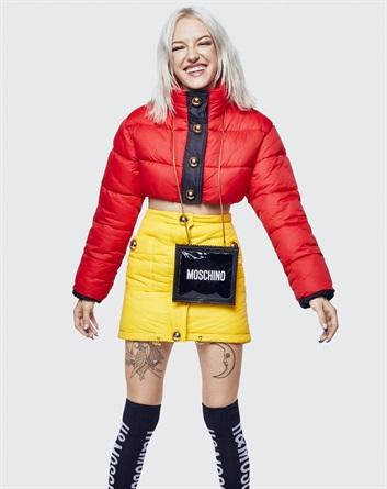 piumino rosso collezione Moschino per hm mariafelicia magno fashion blogger blog di moda italiani