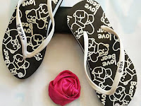 Sandal Spon Tebal Motif Love Bear - Grosir Sandal Murah 0819 0476 0199