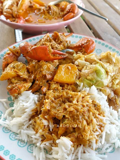kari ketam tumis darat, crab curry, seafood curry, gulai ketam, kari ketam nenas, gulai nenas ketam
