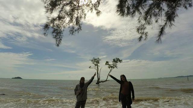 Pantai Mawar Barelang