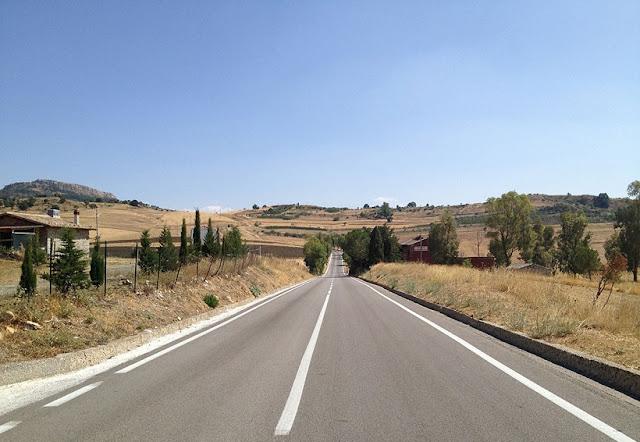 Por que alugar um carro na Itália
