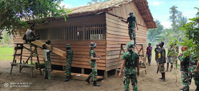 Satgas Yonif 125 Gotong Royong Bangun Ruang Belajar PAUD di Daerah Perbatasan