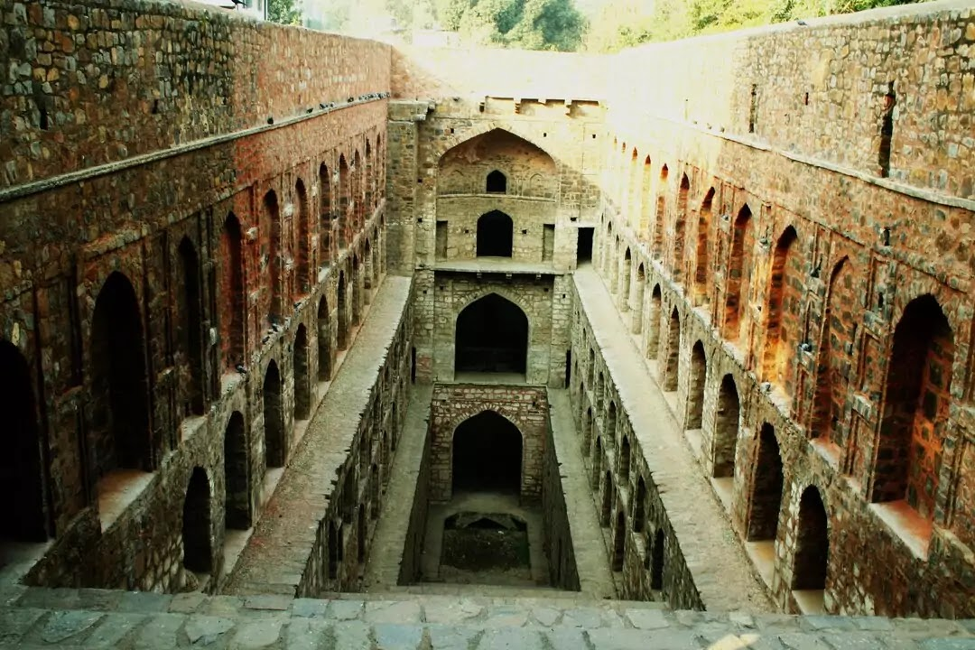 14 Haunted Places in Delhi in Hindi