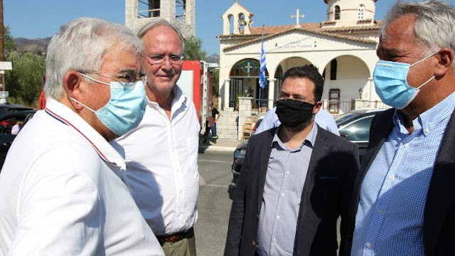 Ο Μ. Βορίδης επισκέφθηκε τις πυρόπληκτες περιοχές στην Ανατολική Μάνη