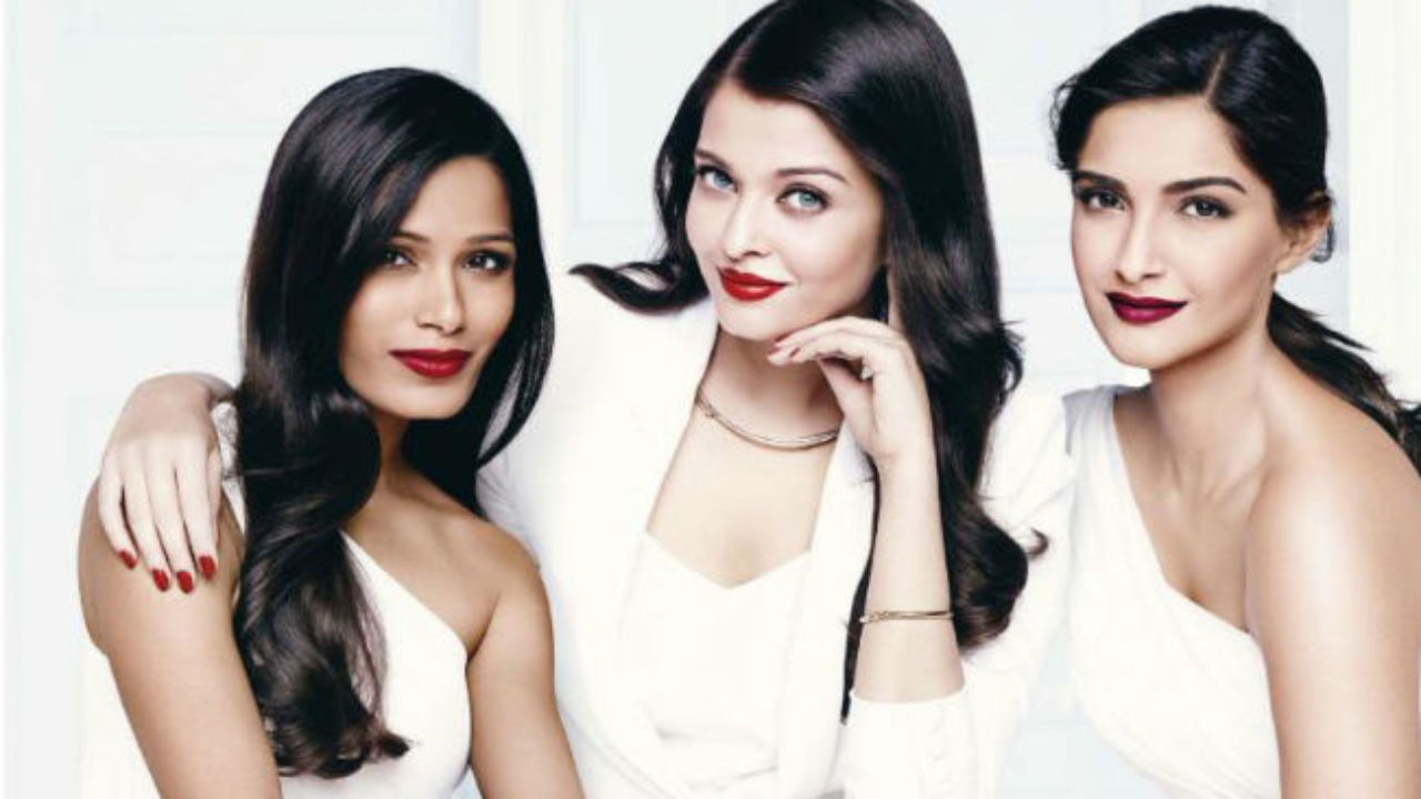 Stupid comments by bollywood actreeses sonam kapoor