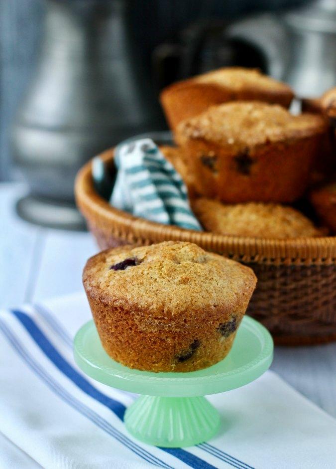 mini blueberry cake on a mini cakes stand