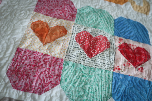 Lori Holt Farm Girl Vintage 2 Quilt Bakercourt