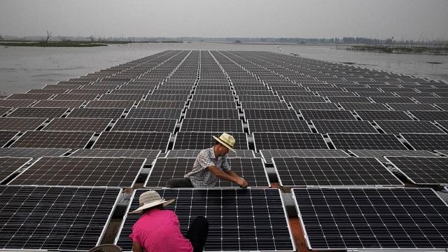 صديقة البيئة ولا تأخذ مساحة.. تعرف على الطاقة الشمسية العائمة في اليابان