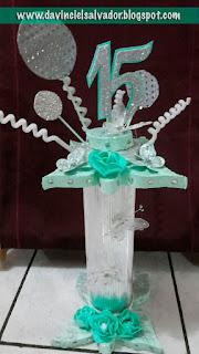 Centros de mesa pastel 15 años quinceanera mariposas verde menta