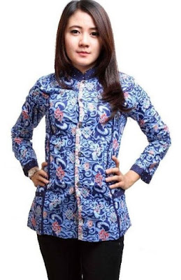 Model Baju Batik Atasan Kerja Wanita modis