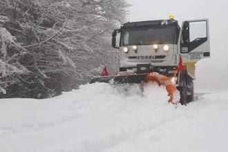 ΠΕ ΚΑΣΤΟΡΙΑΣ : Αποχιονισμός στην Κοτύλη - 25 εκ. φρέσκο χιόνι