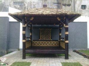 saung bambu
