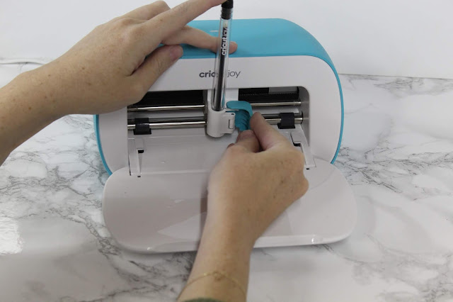 Check out these ten little ways to make your gifts special with Cricut Joy!