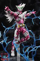S.H. Figuarts Kamen Rider Jin Flying Falcon 33