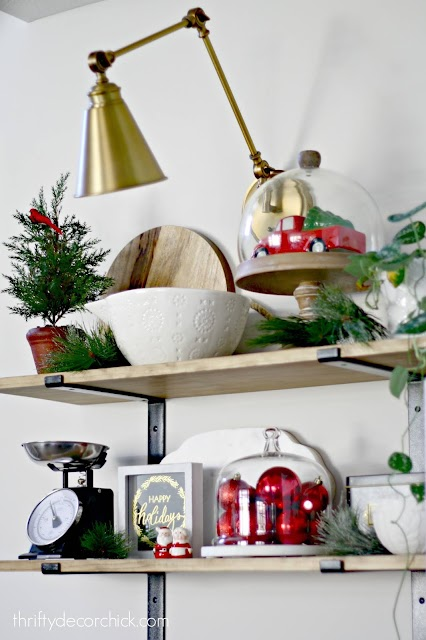 decorating kitchen shelves Christmas
