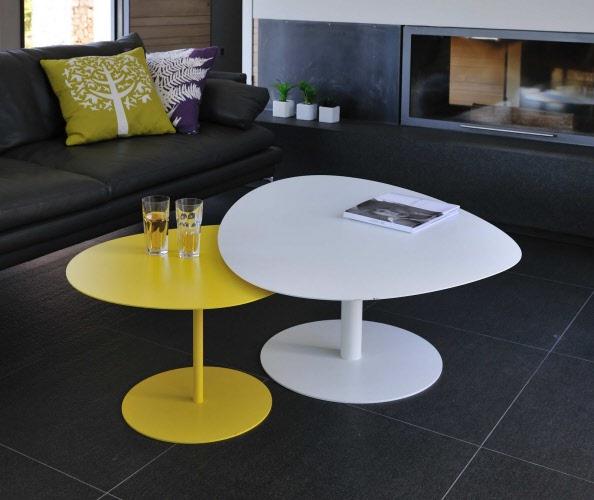 table-jaune-et-blanche