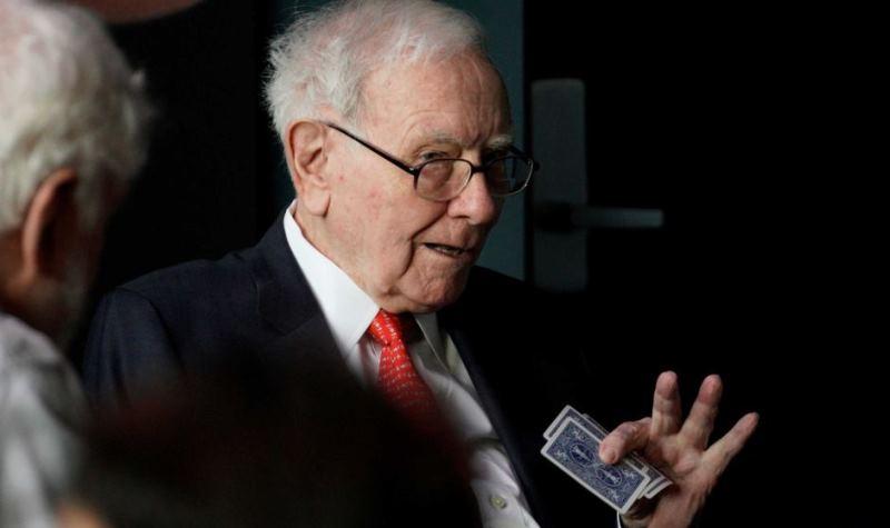 Warren Buffett: Anda Tak Bisa Dapatkan Bayi Sebulan Dengan Menghamili 9 Wanita