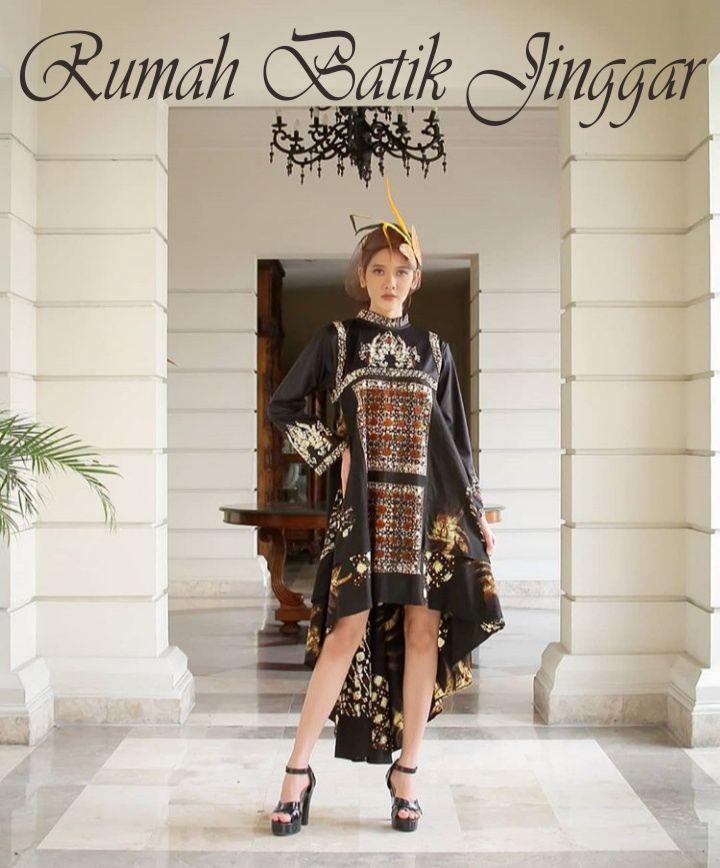 Busana Batik Cap Kombinasi dari Rumah Batik Jinggar