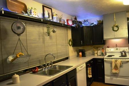Diy Lighting Above Kitchen Cabinets With Rope