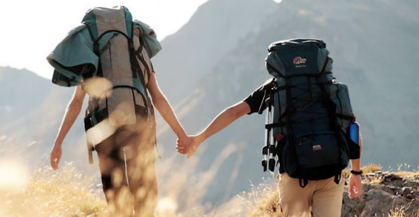 Tips Memilih Travelmates
