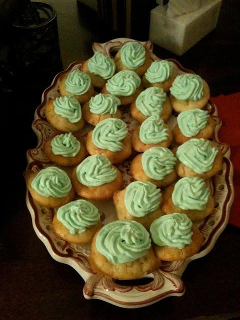Mini-cupcakes au saumon fumé et fines herbes
