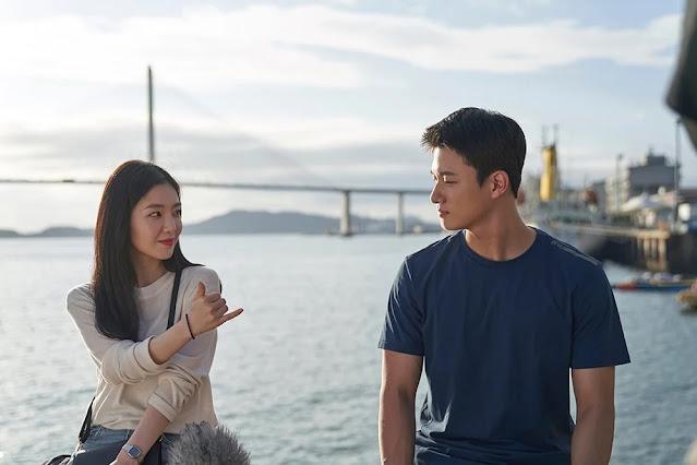 Double Patty | Conheça o novo filme estrelado por Irene e Shin Seungho