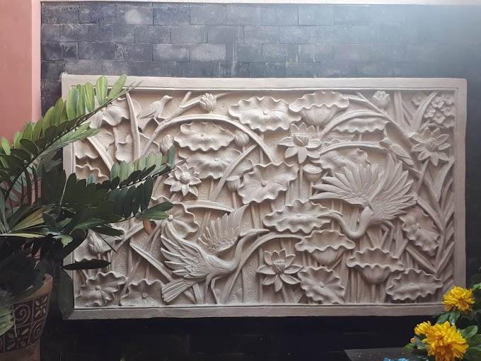 Relif Lotus Dan Bangau