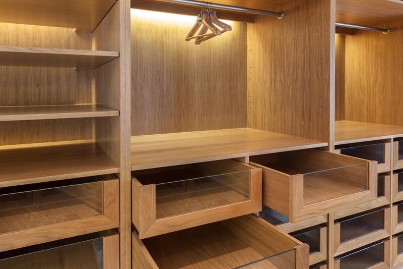 06099c0af8c Ο κρυφός φωτισμός στην κρεβατοκάμαρα μπορεί να μεταμορφώσει τον χώρο σου,  να φέρει φως και ρομαντική διάθεση. Ελπίζουμε να σε εμπνεύσουμε με τις  ιδέες μας!