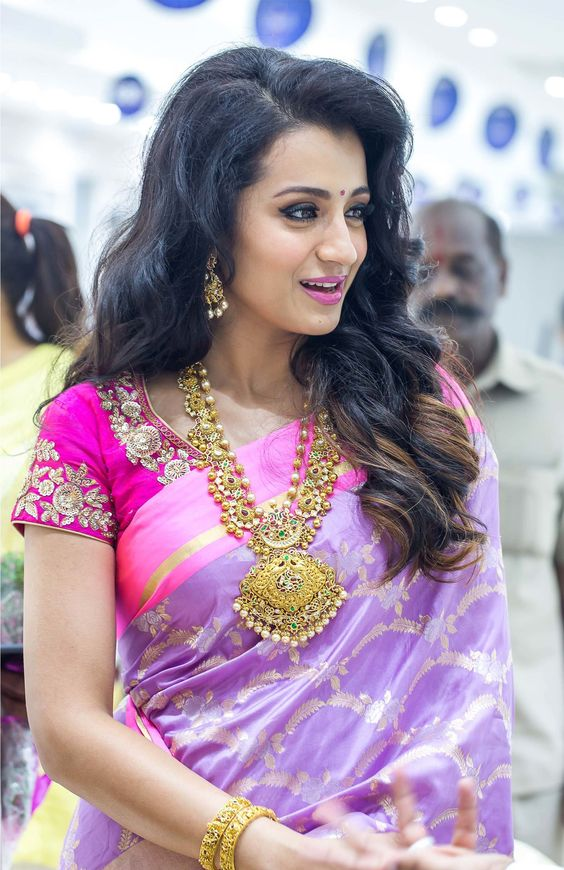 7 Beautiful Hairstyles For Silk Saree Candy Crow