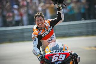 69 Detik Penghormatan Untuk Nicky Hayden Di Sirkuit Mugello Italia