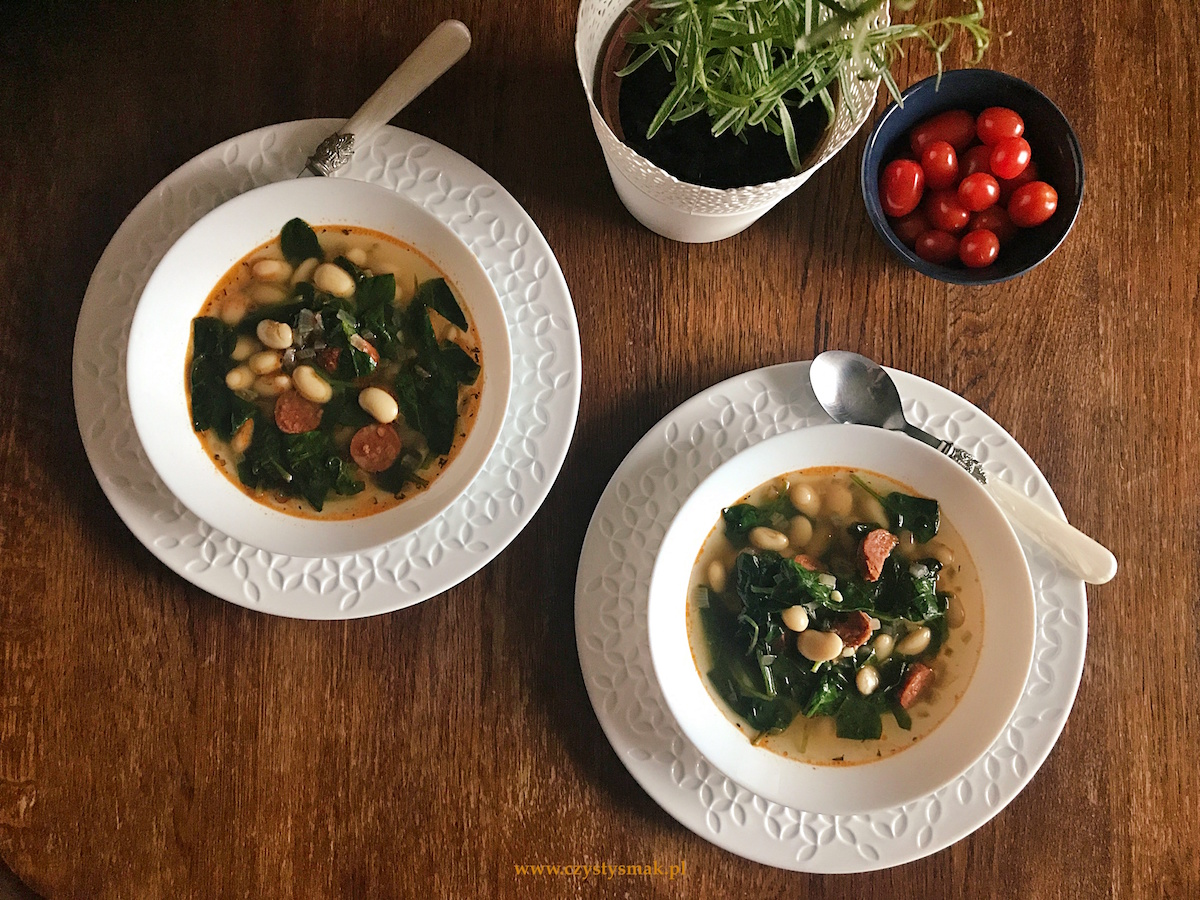 Niskowęglowodanowa zupa