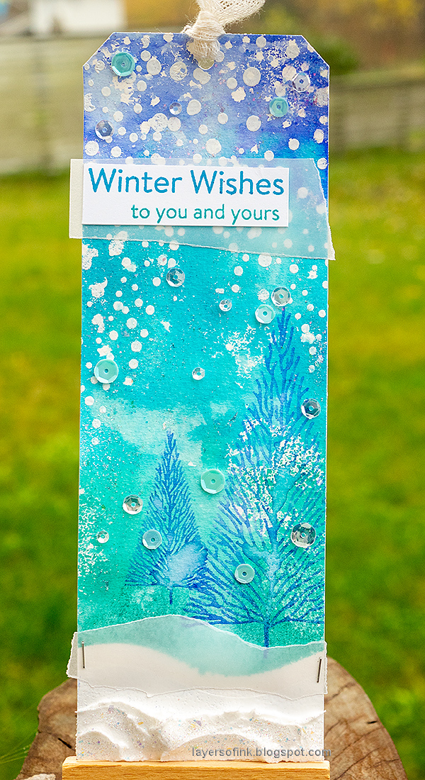 Layers of ink - 25 days of Christmas Tags by Anna-Karin Evaldsson.