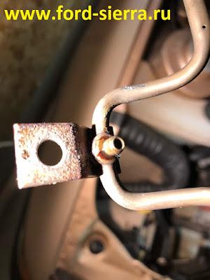 На трубке подачи масла должны стоят уплонительные кольца на форд сиерра?