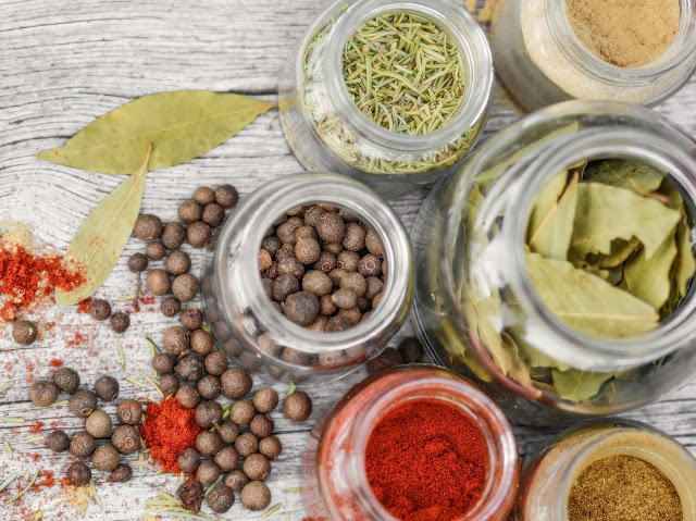 alergia na przyprawy, które przyprawy uczulają, lista alergizujących przypraw, daylicooking