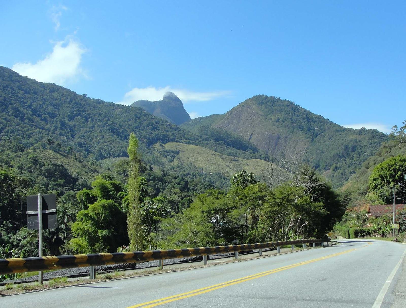 Estrada de Mury para Lumiar, RJ.