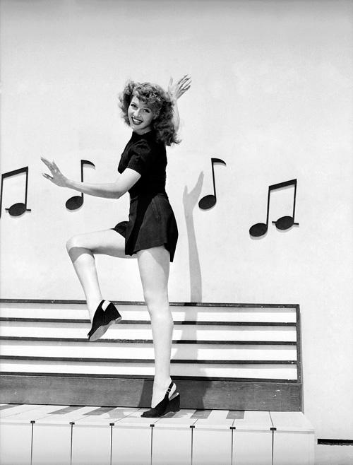 Vintage Style Icon Rita Hayworth Vintage Everyday