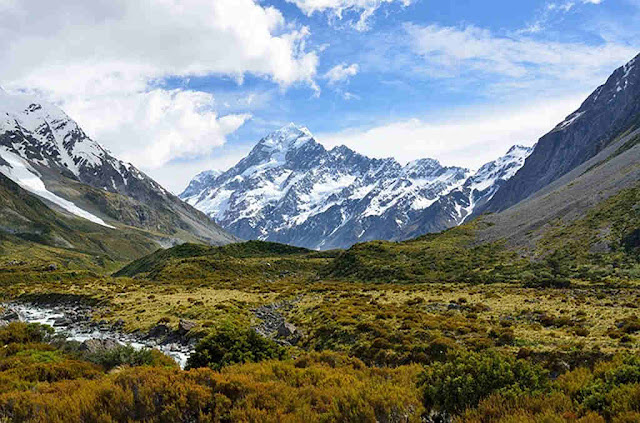 Pemandangan Indah Mount Cook atau Gunung Aoraki - Gunung Tertinggi Di Selandia Baru