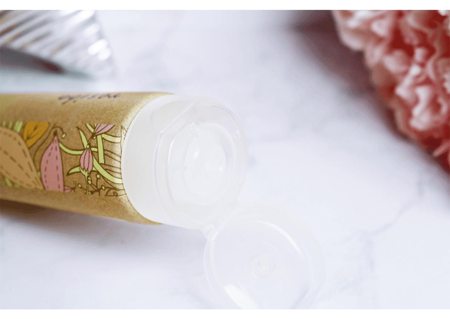 Skład Naturalny żel myjący do twarzy Resibo z ekstraktem z brzoskwini