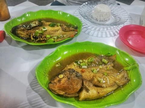 Gulai Kepala Ikan & Seafood MakanLagi 828 Yang Menggugah Selera