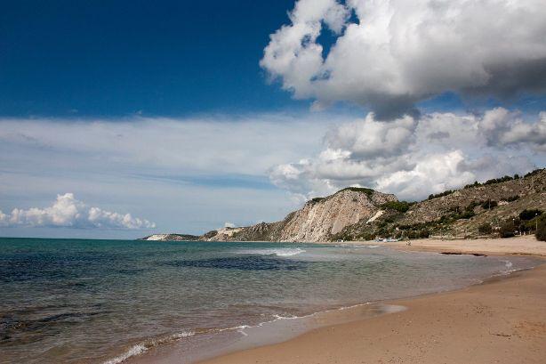 GAL SICANI: Due milioni e mezzo di euro per 29 progetti turistici, storici ed ambientali del territorio.