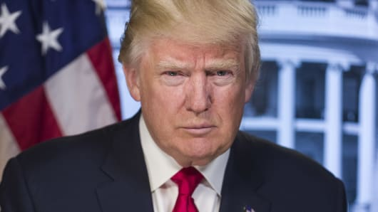 Donald Trump Akan Jual Ribuan Bom Berpemandu ke Arab Saudi
