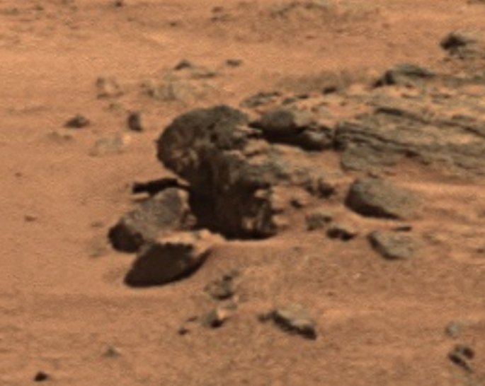Ufo sightings daily ancient head found on mars looks